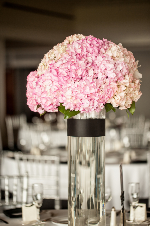 botanicals-on-the-gulf-florida-florist-wedding-flowers-florals-beach-naples-hydrangea-centerpiece