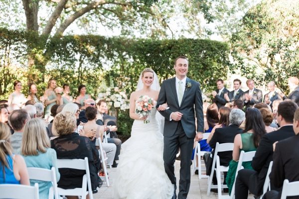 botanicals-on-the-gulf-naples-florida-destination-wedding-flowers-hunter-ryan-photo-ceremony-bride-groom