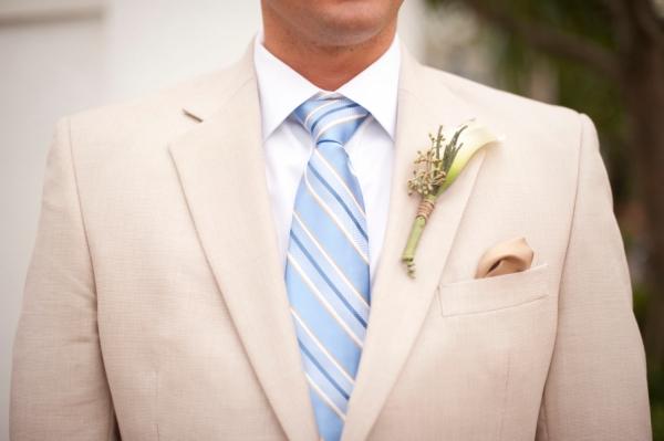 botanicals-on-th-gulf-naples-estero-florida-florist-wedding-flowers-stephanie-a-smith-photography-florals-groom