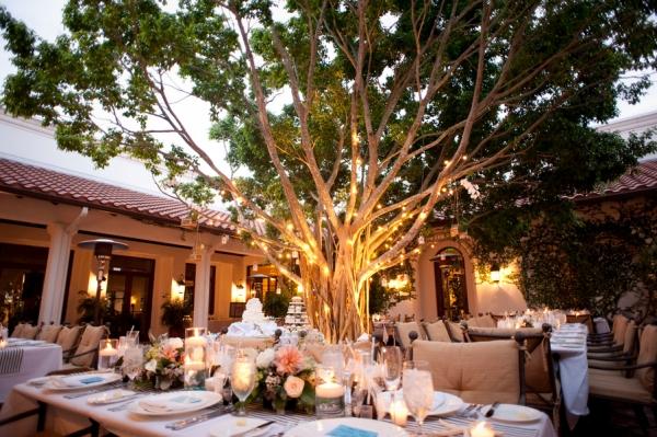 botanicals-on-th-gulf-naples-estero-florida-florist-wedding-flowers-stephanie-a-smith-photography-reception-table