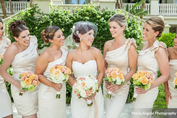 botanicals-on-the-gulf-florida-florist-maria-angela-photography-bridesmaid-florals-outdoor