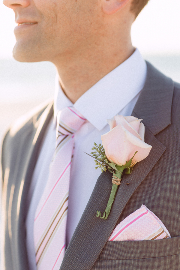 botanicals-on-the-gulf-hunter-ryan-photography-marco-island-mariott-wedding-beach-flower