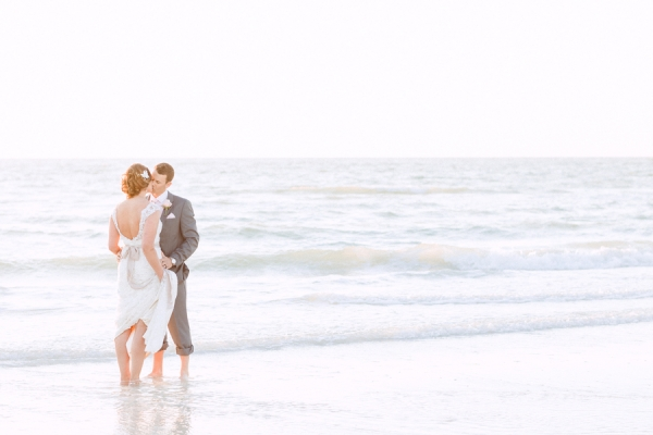 botanicals-on-the-gulf-hunter-ryan-photography-marco-island-mariott-wedding-beach-florida