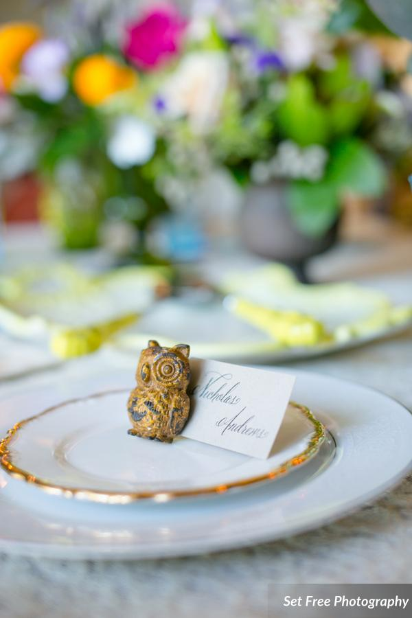botanicals-on-the-gulf-florida-naples-wedding-florist-flowers-florals-set-free-photography-place-setting