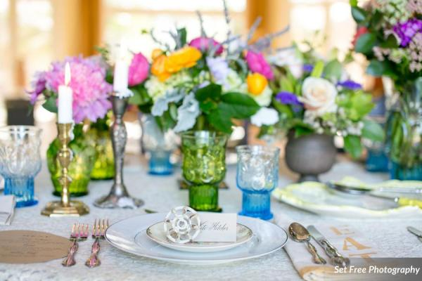 botanicals-on-the-gulf-florida-naples-wedding-florist-flowers-florals-set-free-photography-reception-setting