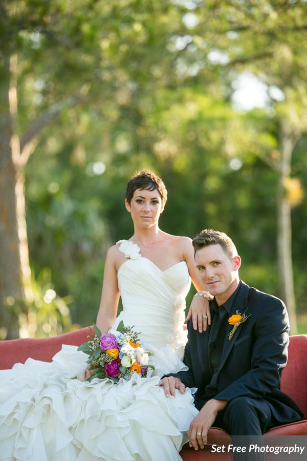botanicals-on-the-gulf-florida-naples-wedding-florist-flowers-florals-set-free-photography-outdoor-couple