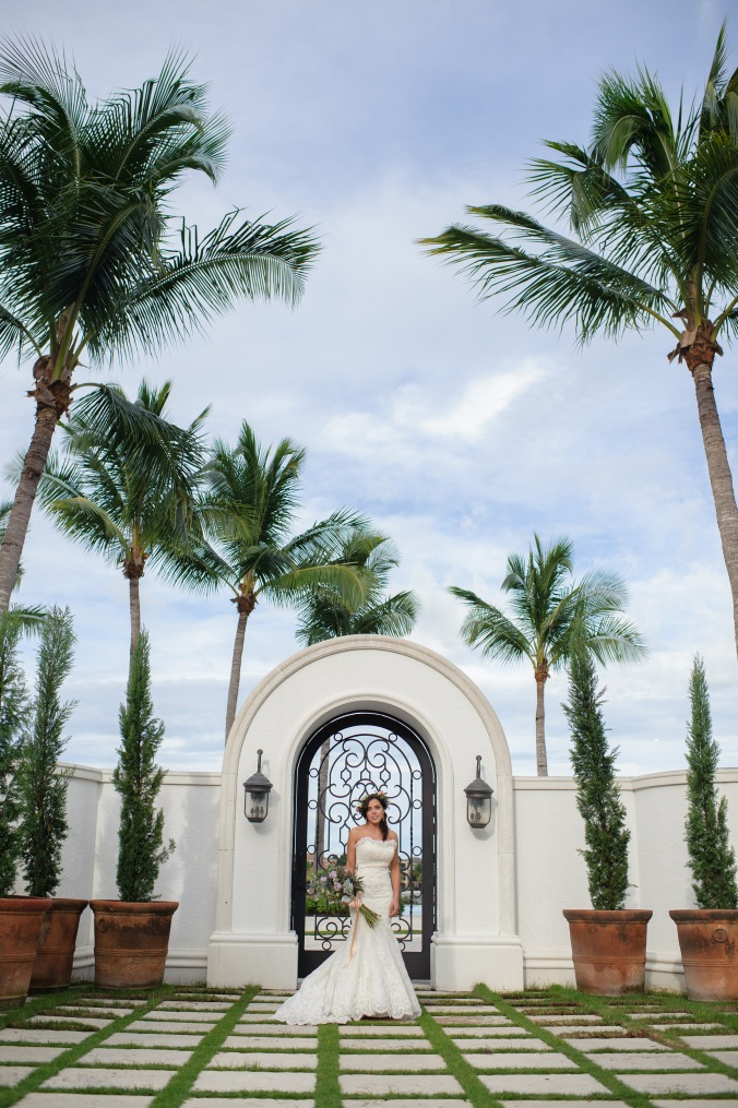 botanicals-on-the-gulf-styled-shoot-luminaire-foto-jet-set-wed-florida-miromar-lakes-gate-outdoor-gorgeous