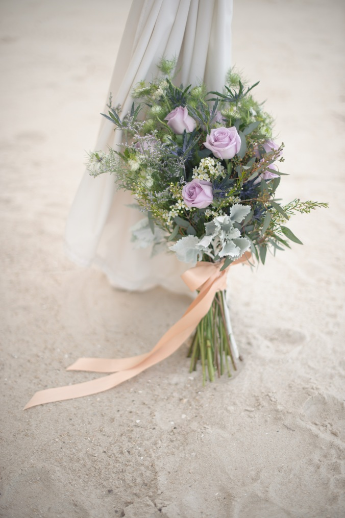 botanicals-on-the-gulf-styled-shoot-luminaire-foto-jet-set-wed-florida-miromar-lakes-bouquet-gorgeous