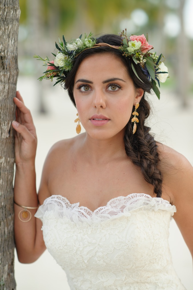 botanicals-on-the-gulf-styled-shoot-luminaire-foto-jet-set-wed-florida-miromar-lakes-floral-crown