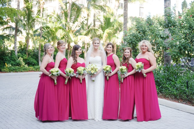 botanicals-on-the-gulf-florida-destination-wedding-flowers-marco-island-luminaire-foto-bridesmaids
