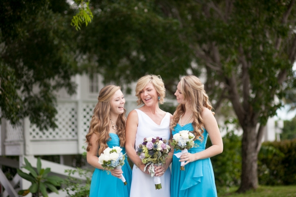 botanicals-on-the-gulf-flowers-jamie-lee-photography-florida-wedding-destination-family-bride-cute-blue