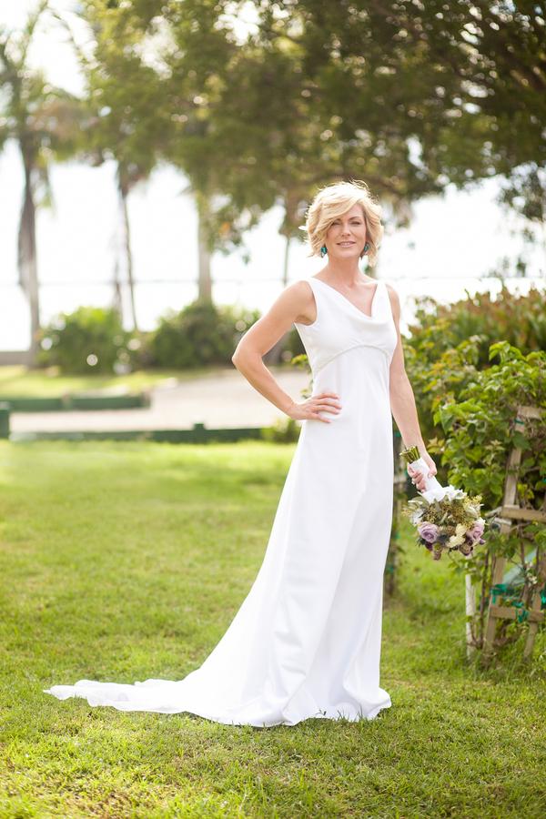 botanicals-on-the-gulf-flowers-jamie-lee-photography-florida-wedding-destination-bride-bouquet-outdoor