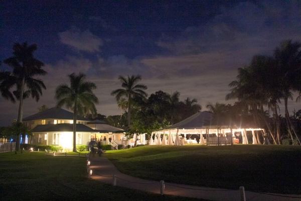 botanicals-on-the-gulf-flowers-jamie-lee-photography-florida-wedding-destination-reception-outdoor-tent-night