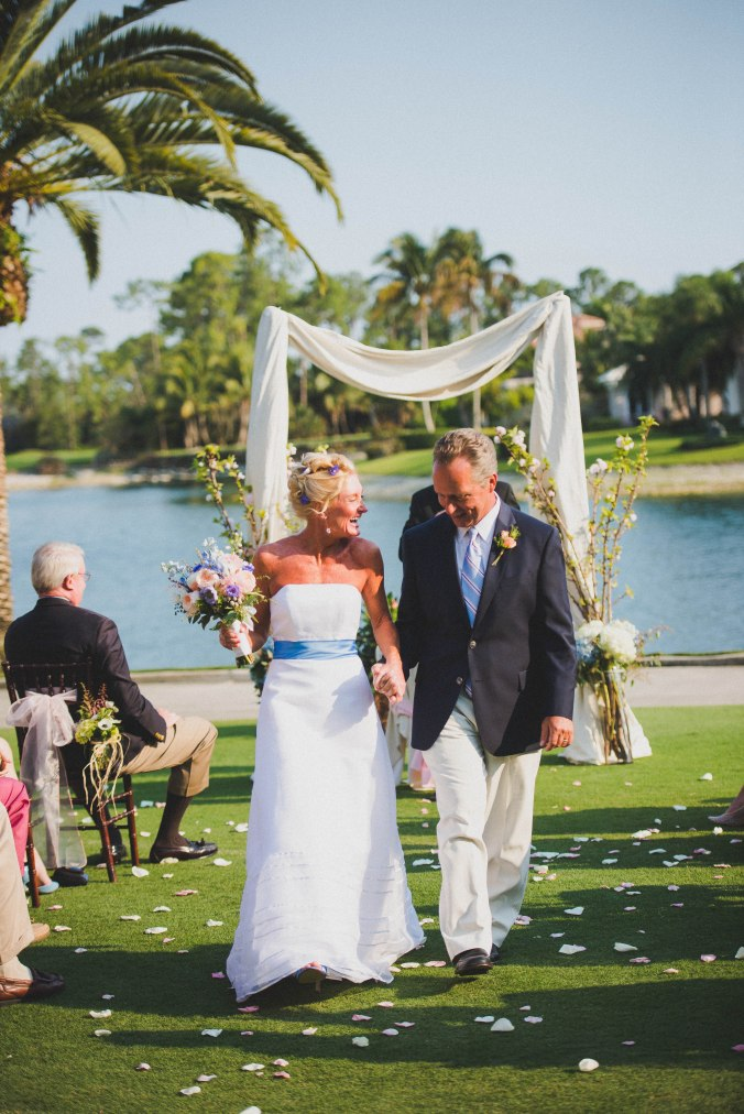botanicals-on-the-gulf-florida-wedding-flowers-naples-swfl-trenholm-photo-bride-groom