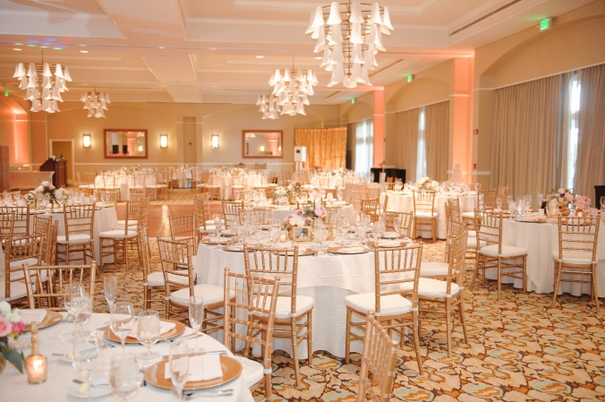 botanicals-on-the-gulf-florida-flowers-naples-wedding-destination-luminaire-foto-reception
