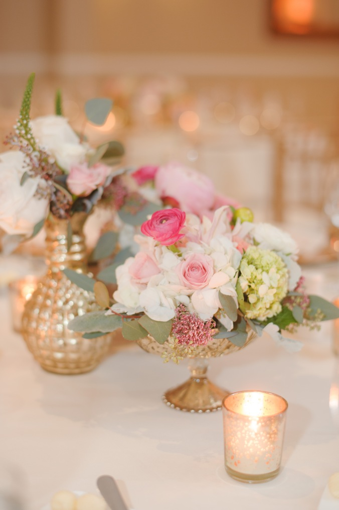 botanicals-on-the-gulf-florida-flowers-naples-wedding-destination-luminaire-foto-reception-detail