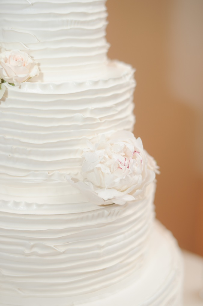 botanicals-on-the-gulf-florida-flowers-naples-wedding-destination-luminaire-foto-cake-ellas-cakes