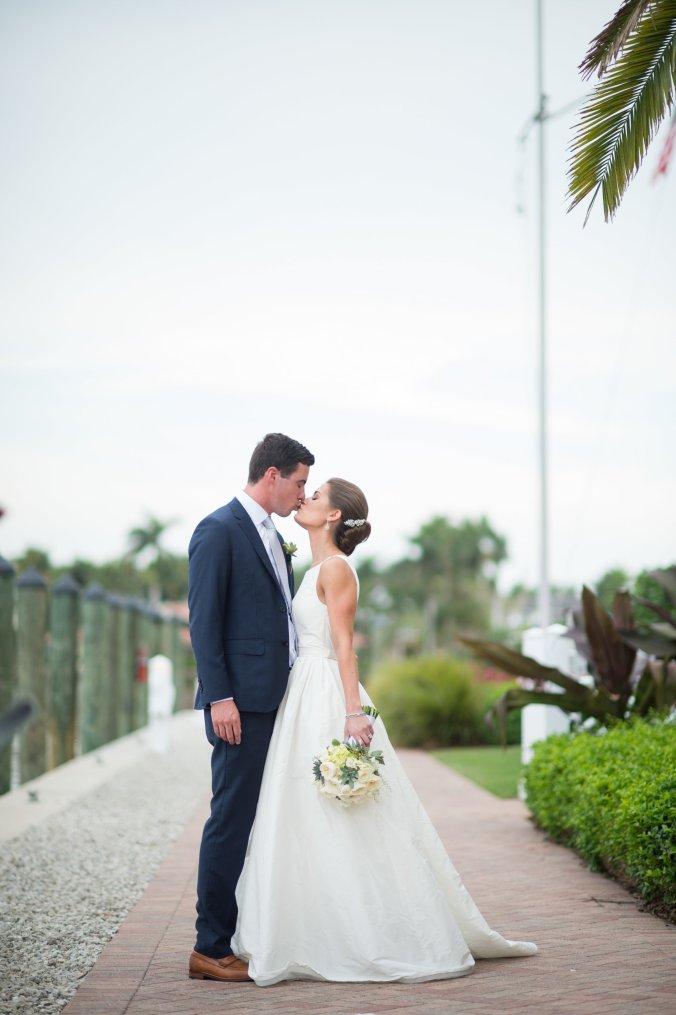 botanicals-on-the-gulf-jenny-moloney-photography-flowers-florals-wedding-naples-305